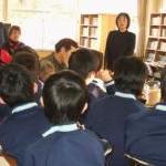 涌中図書室ボランティア活動開始